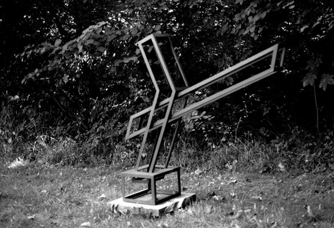 O.T., Stahl geschweisst, 145 x 176 x 45 cm, 1999