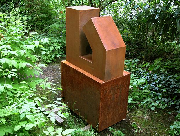 O.T.,Stahl geschweisst, 59 x 63 x 17 cm, 2004