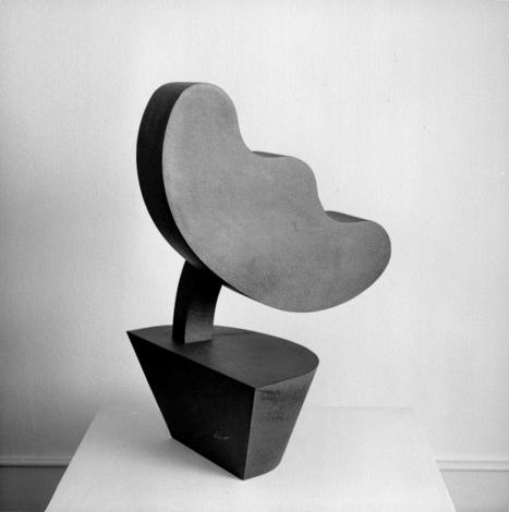 O.T., Stahl geschweisst, 83 x 50 x 51 cm, 2001