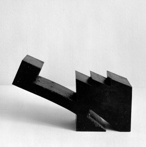 O.T., Asphalt gegossen, 21 x 32 x 10 cm, 2000